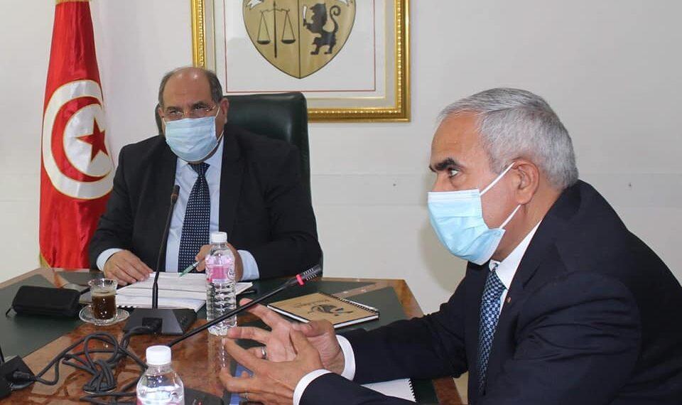 الحوادث الصناعية: وزير الصناعة يُؤكد رصد العديد من الاخلالات