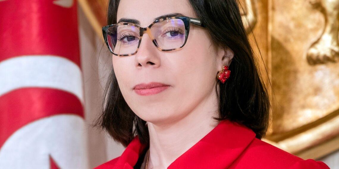 """نادية عكاشة :""""اعرف من يستهدفني عبر """"الحملات المغرضة و القذرة """""""
