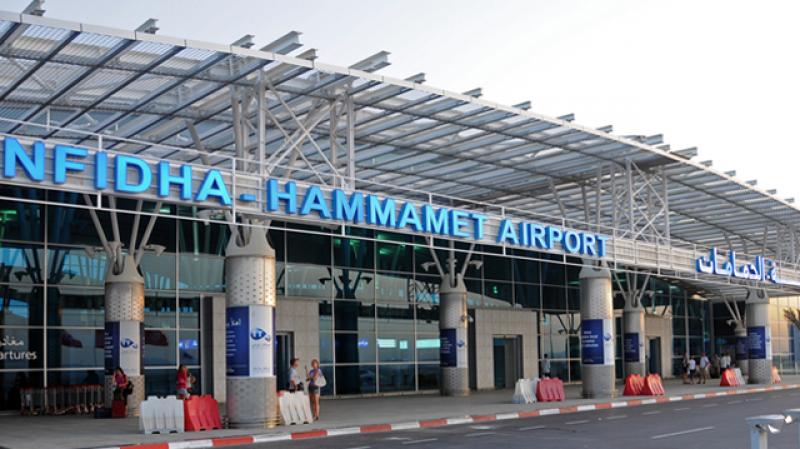 مطار النفيضة يستقبل 262 سائحا روسيا