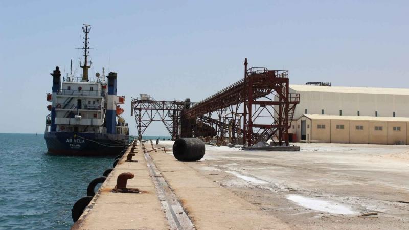 ميناء جرجيس: إفراغ باخرة محملة بالشعير قادمة من روسيا
