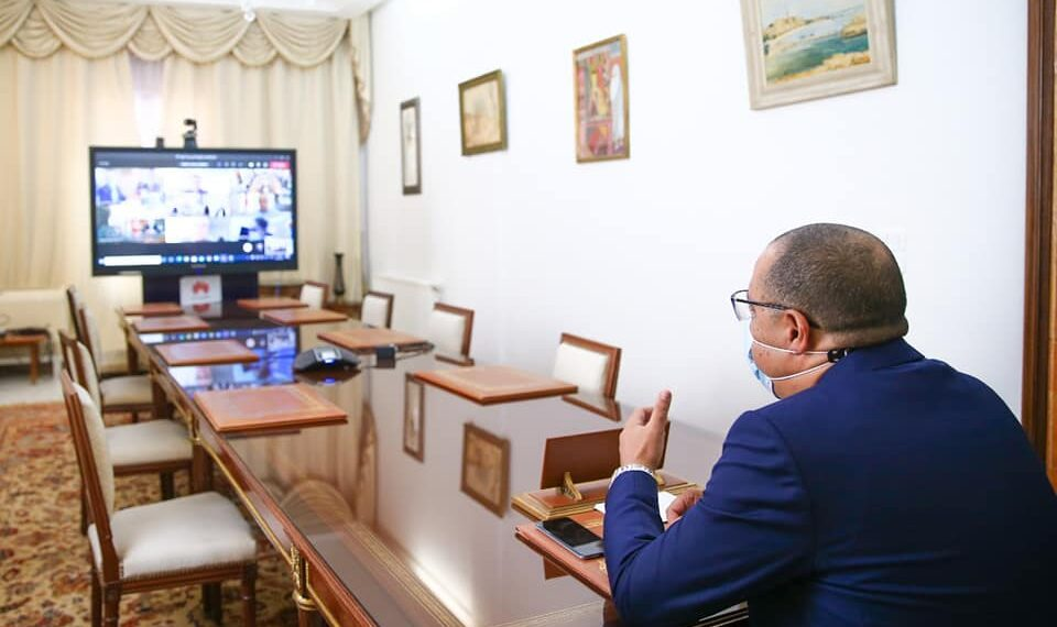 المشيشي يشرف على اجتماع الهيئة الاستشارية والهيئة الوطنية لمجابهة فيروس كورونا