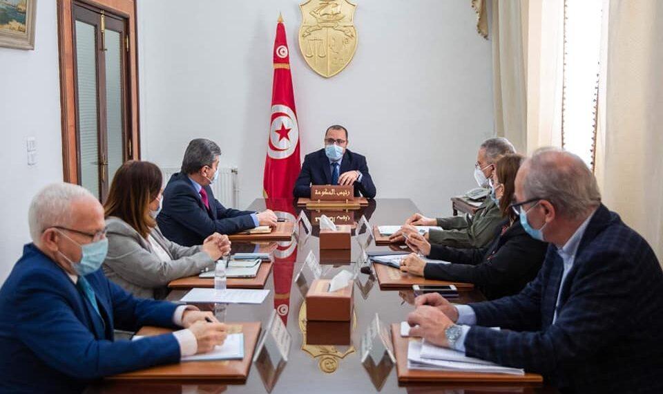 رئيس الحكومة يؤكد ضرورة تسريع وتيرة التلقيح ضد فيروس كورونا