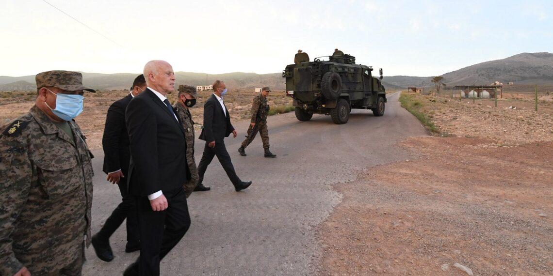 سعيد: كل القوات المسلحة تحت قيادة رئيس الدولة …ولا أحد فوق القانون