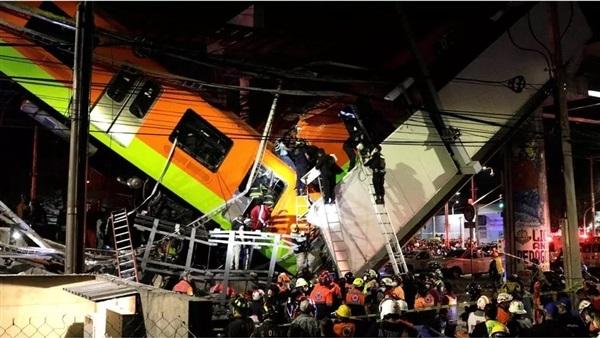 المكسيك:عشرات القتلى جراء انهيار جسر لحظة مرور قطار أنفاق