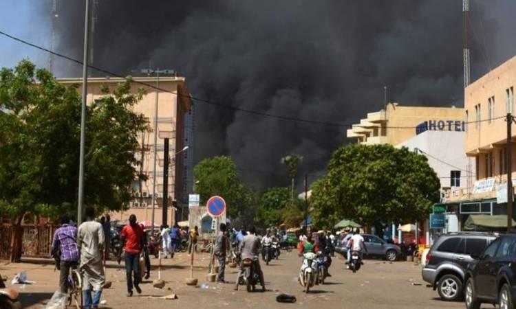 مقتل 3 أشخاص في هجوم مسلح على قرية شمالي بوركينا فاسو