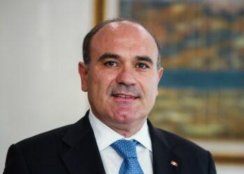 وزير السياحة يلتقي بعدد من متعهدي الأسفار والسياحة