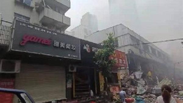 مقتل 12 شخصا في انفجار انبوب غاز طبيعي بالصين