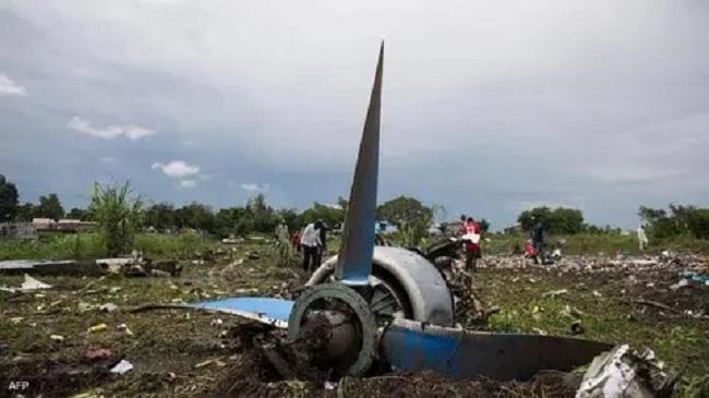مقتل 12 شخصا في حادث تحطم طائرة عسكرية في ميانمار