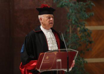 """قيس سعيد يتحصل على الدكتوراة الفخرية من الجامعة الإيطالية """"لاسابينزا"""""""