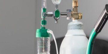 توريد 205 آلاف لتر من الأوكسيجين من الجزائر