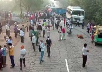 الهند: شاحنة تدهس عمالا نائمين على جانب الطريق وتقتل 18
