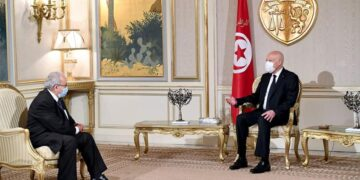 للمرة الثانية خلال اسبوع: رئيس الجمهورية يلتقي وزير الخارجية الجزائري