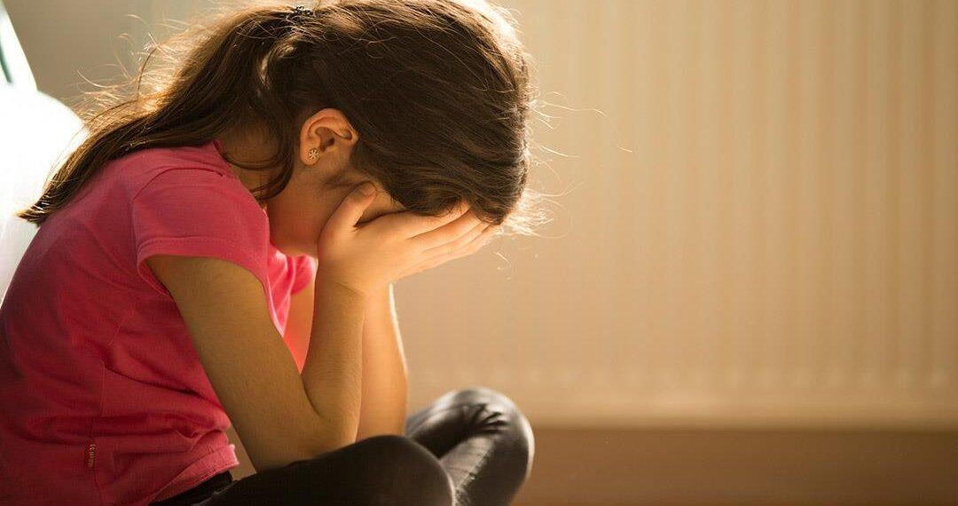 بسبب كورونا ..أخصائي نفسي يحذر من إصابة الأطفال بالاكتئاب المخفي
