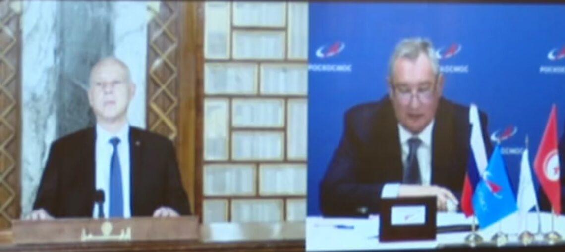 """رئيس الجمهورية يشرف على امضاء اتفاقية بين """"تلنات"""" ووكالة الفضاء الروسية"""