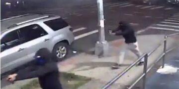 اصابة 10 أشخاص بإطلاق نار في نيويورك
