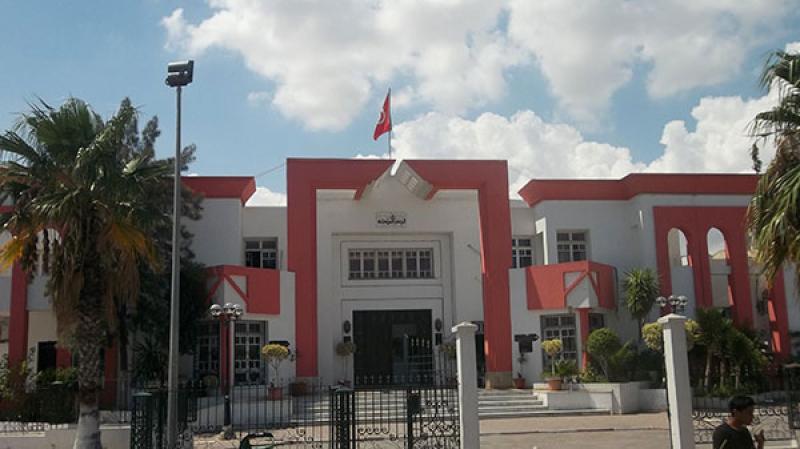 المجلس البلدي بالمروج: استقالة جماعية لـ22 عضوا