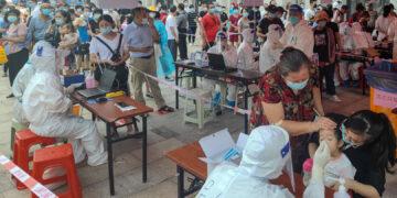 الصين في مواجهة بؤرة جديدة لكورونا بين التلاميذ