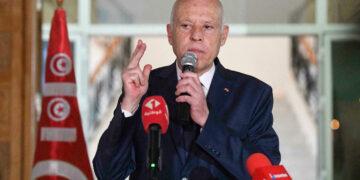 تونس في مرحلة استثنائية جديدة.. الرئيس فيها الحاكم بأمره