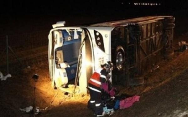 مصر: مقتل 12 شخصا وإصابة العشرات في حادث مرور
