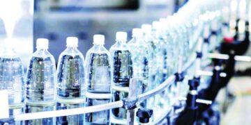 تغير المذاق من المُرّ إلى المالح… هل هو دليل على تدني جودة المياه المعدنية في تونس؟