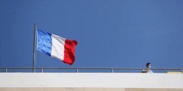 أكثر من 3000 تونسي مهددون بالترحيل من فرنسا
