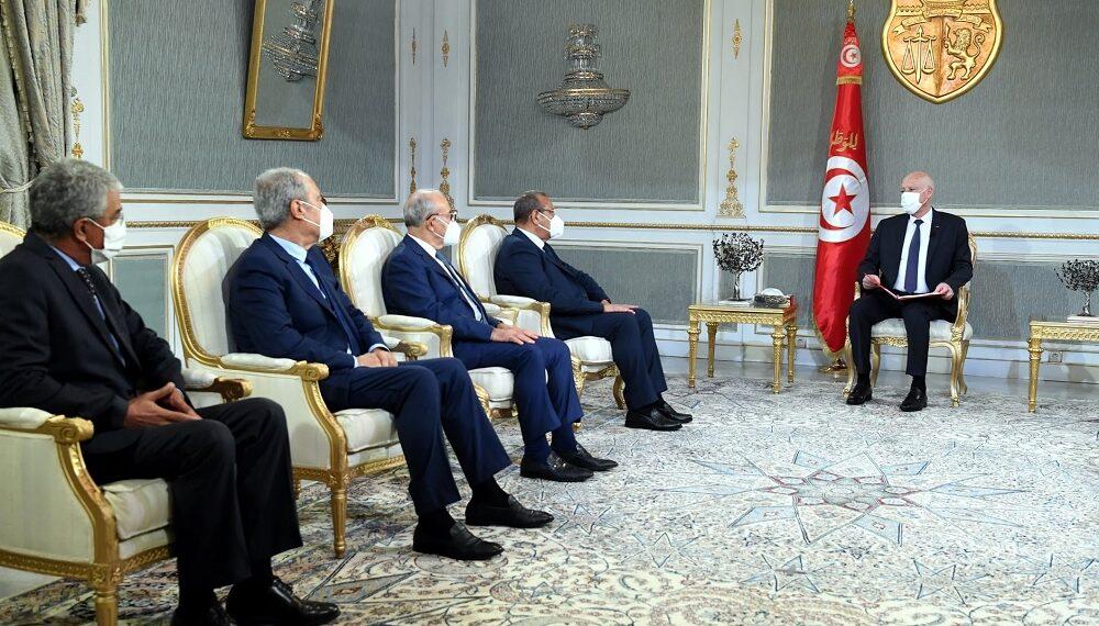 سعيّد: حريصون على توفير المناخ الملائم للأعمال والاستثمار في تونس