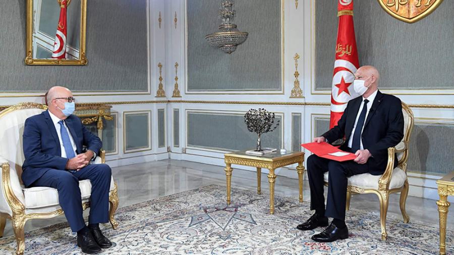 قيس سعيّد يلتقي محافظ البنك المركزي التونسي