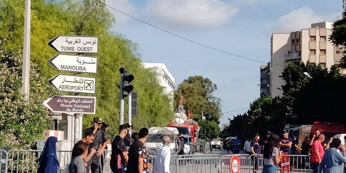 تعزيزات أمنية كبيرة أمام مجلس نواب الشعب (صور+ فيديو)