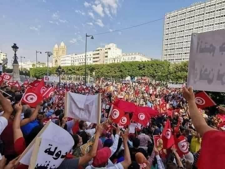 العاصمة : مسيرات مساندة لرئيس الجمهورية