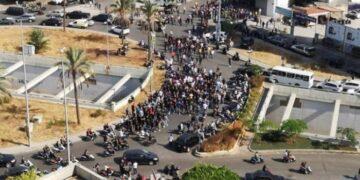 قتلى في إطلاق نار في بيروت خلال احتجاجات ضد قاضي انفجار المرفأ